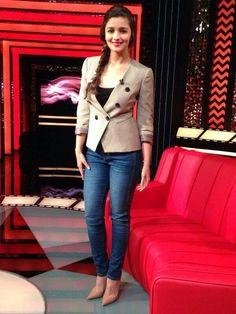 Alia Bhatt in professional look