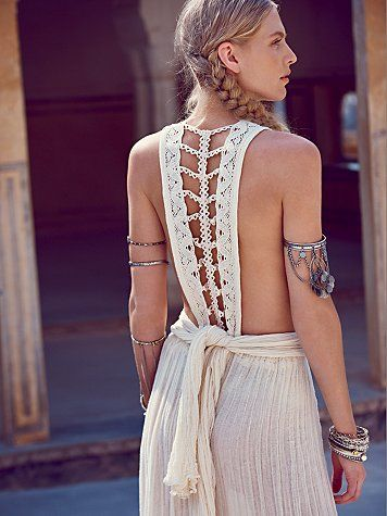 Boho armlet - 7 Boho Accessories That Are In Trend and Must Have For You