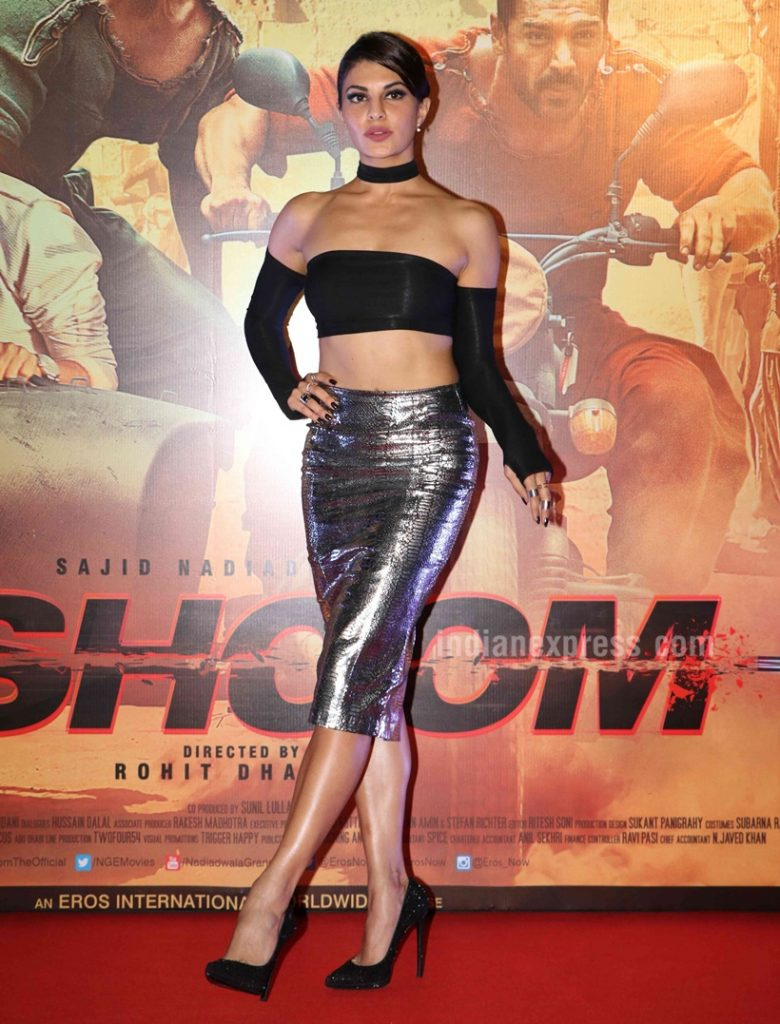 Jacquline Fernandez in choker during Dishoom promotions