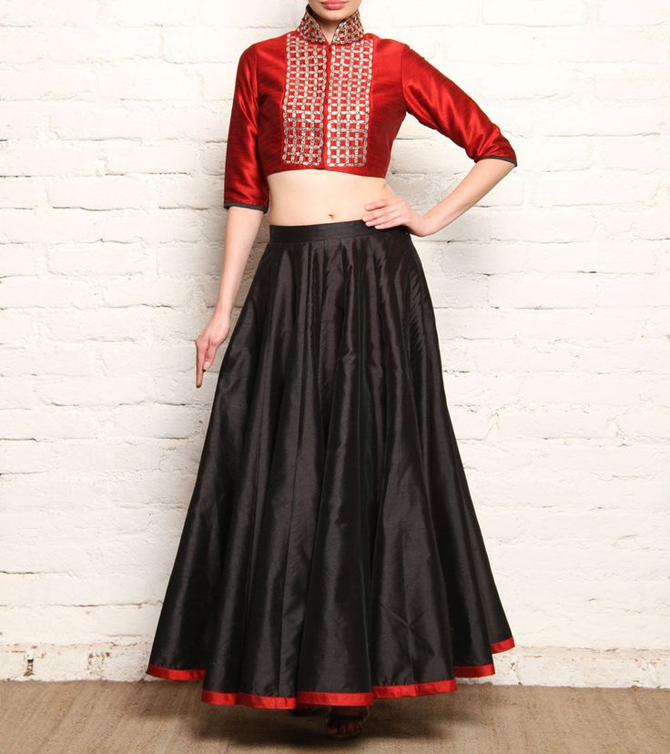 Long skirts, wrap arounds in silk fabric looks elegant and stunning.
