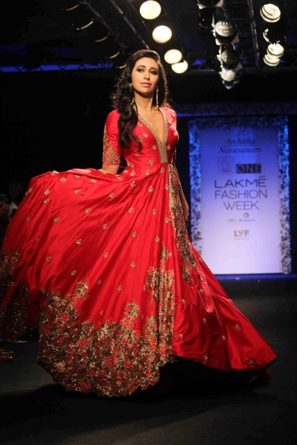 Bollywood actor Karisma Kapoor displays the creation of fashion designer Architha Narayanam during the Lakme Fashion Week Winter Festive 2016, in Mumbai, India on August 28, 2016. (Pravin Utturkar/ SOLARIS IMAGES)