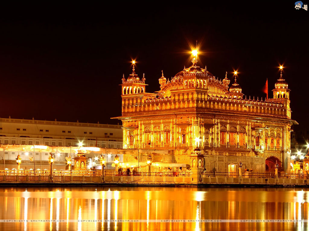 Golden Temple - Famous temples in India