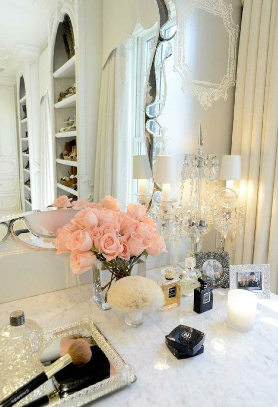 Home decor ideas-Flowers in bedroom