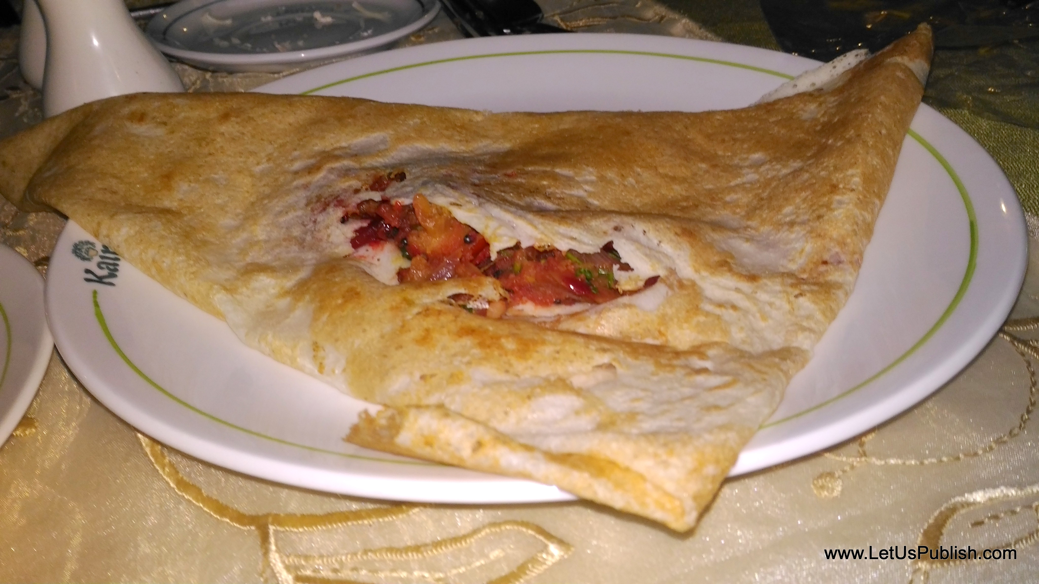 yummy-and-healthy-dosa-from-kairali-food-menu