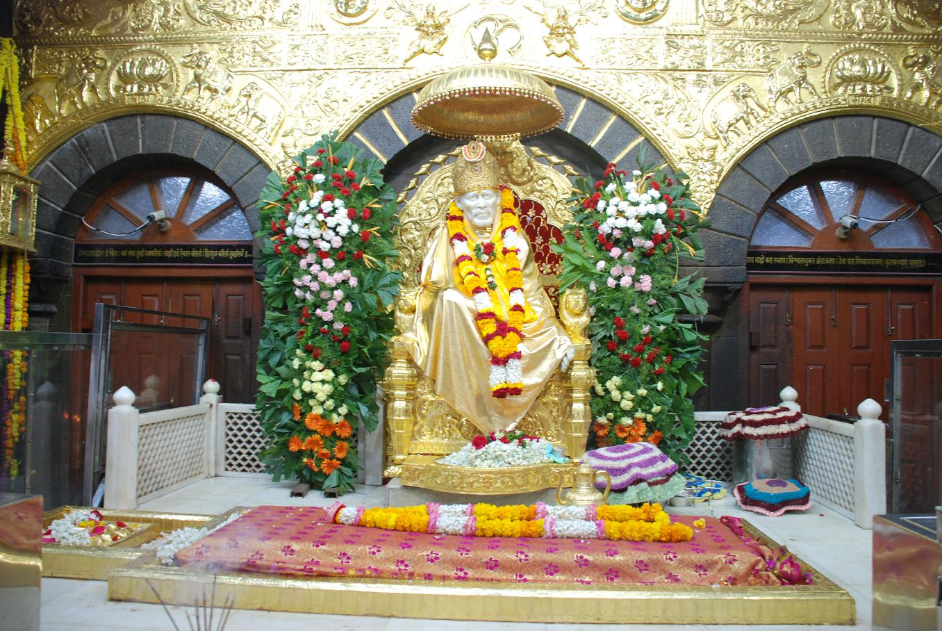 Shri Sai Baba Photos
