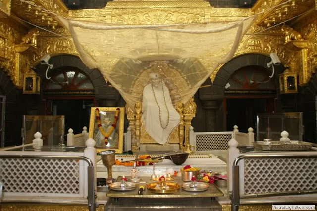 Shri Sai Baba Temple - Shirdi - Famous Indian Temple
