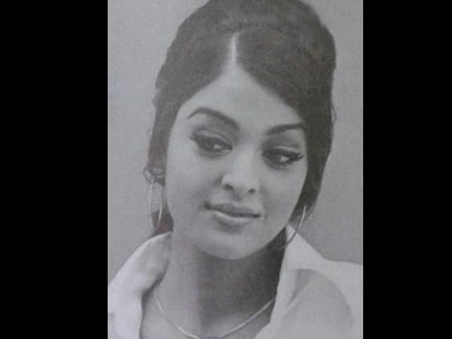 asihwarya-rai-as-college-beauty