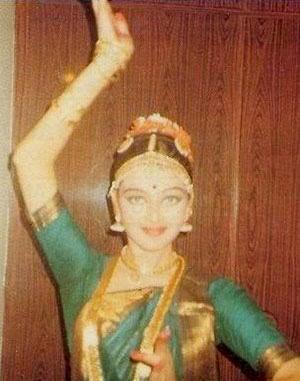 miss-world-aishwarya-rai-is-a-bharatnatyam-dancer
