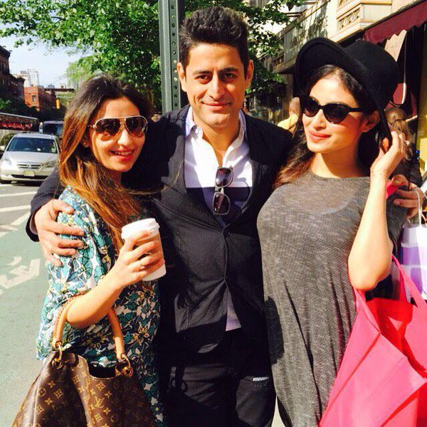 mouni-roy-with-her-love-mohit-raina