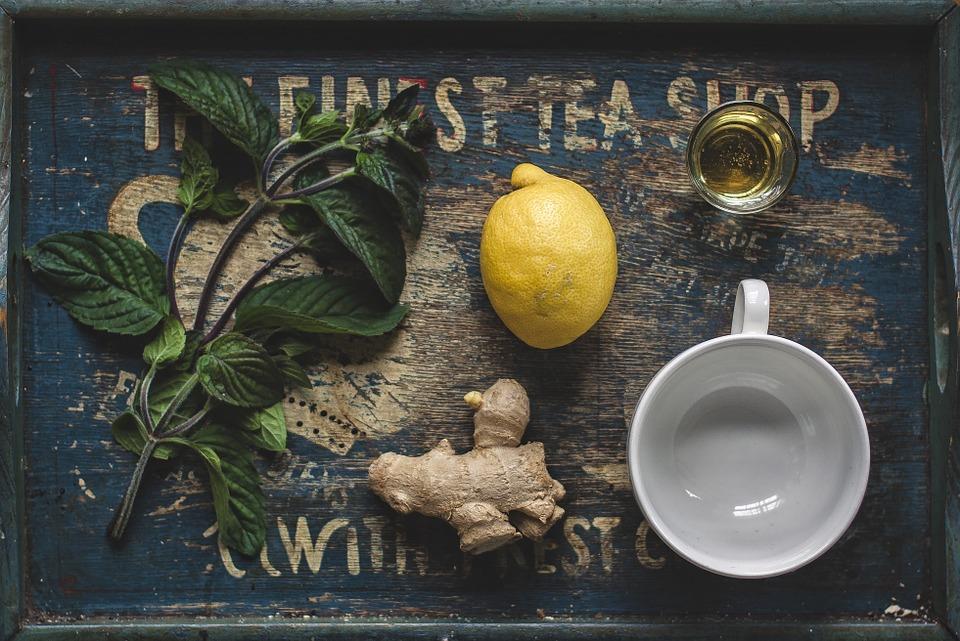 lemon-and-ginger-detox-drink - Detox Drinks For Post Diwali Body Cleanse