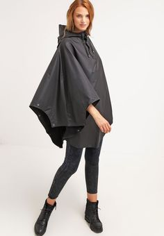 poncho-for-travlers