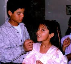 childhood-photo-of-anushka-sharma