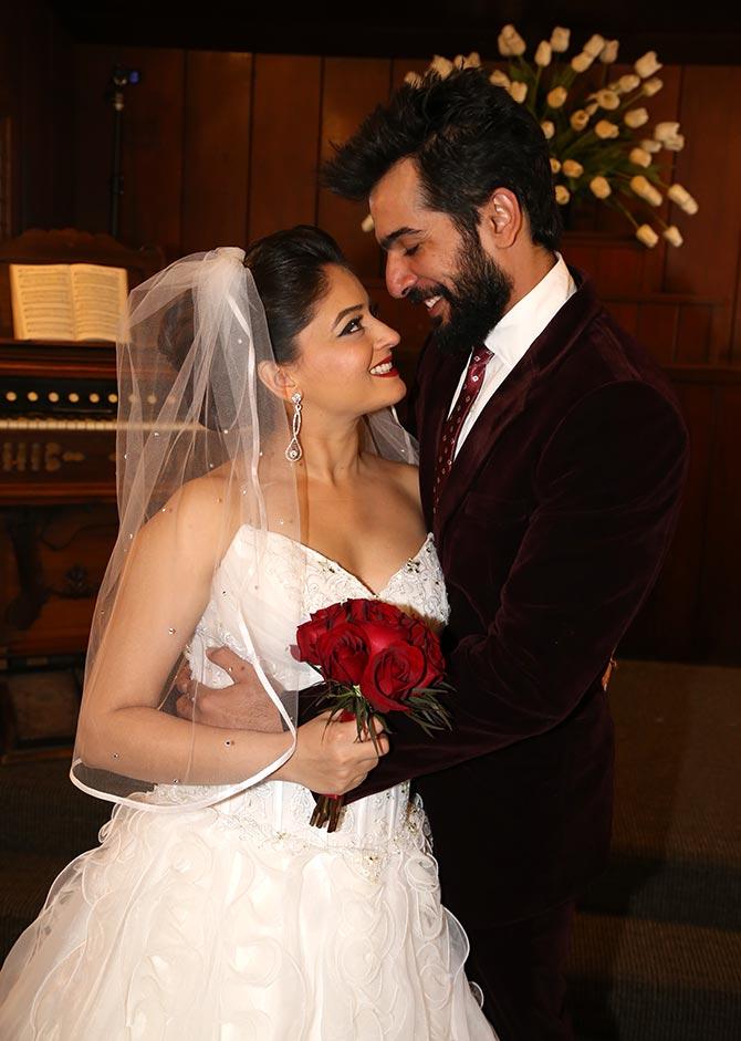 jay-bhanusali-and-mahi-vij-tv-couple