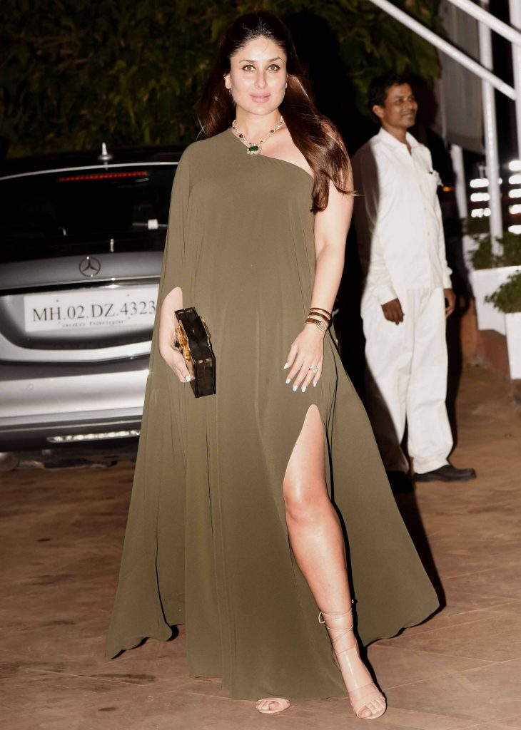 kareena-kapoor-in-thigh-slit-gown