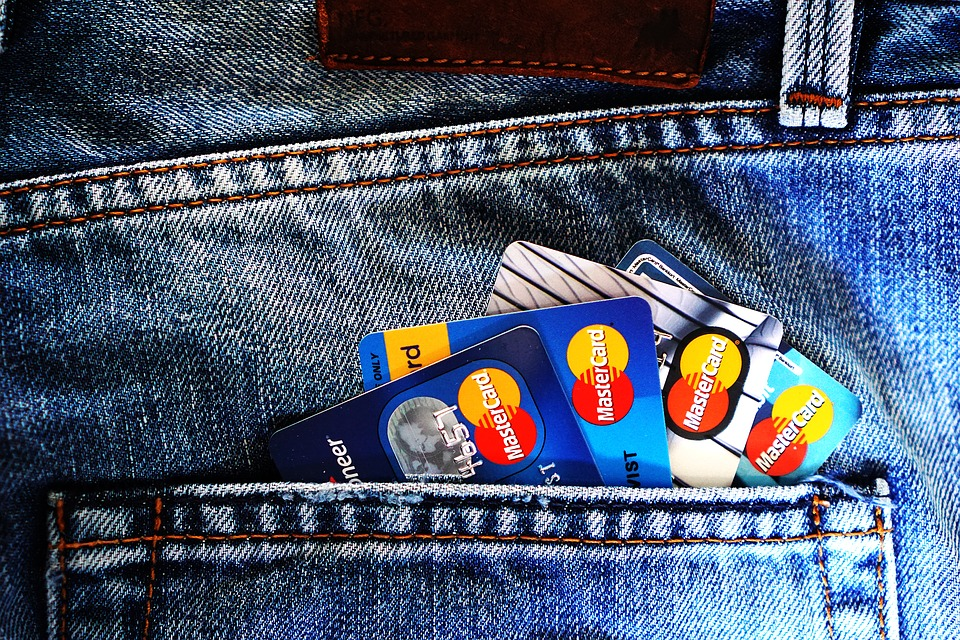 make-use-of-bank-cards