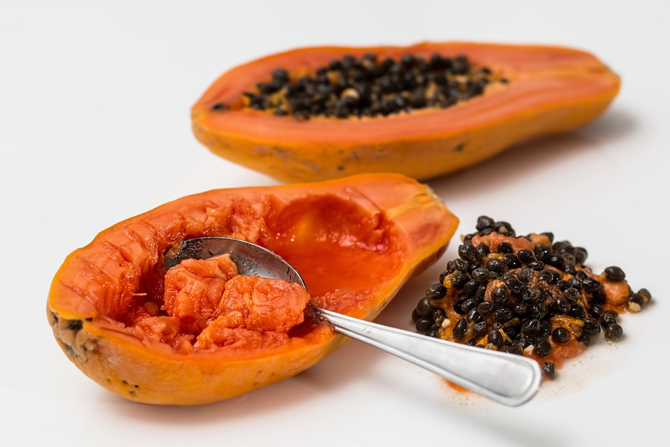 papaya-to-treat-blemishes-and-pigmentation