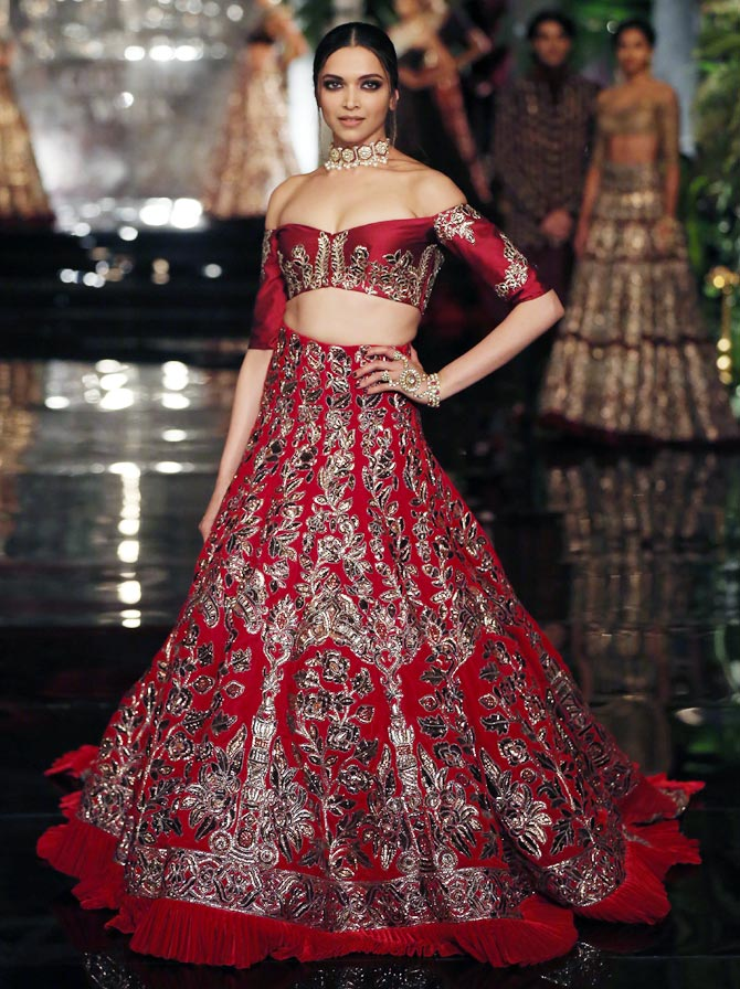 wedding-lehenga-design-2016-off-shoulder-wedding-lehenga