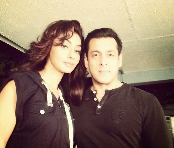 salman-khan-and-mahek-chahal