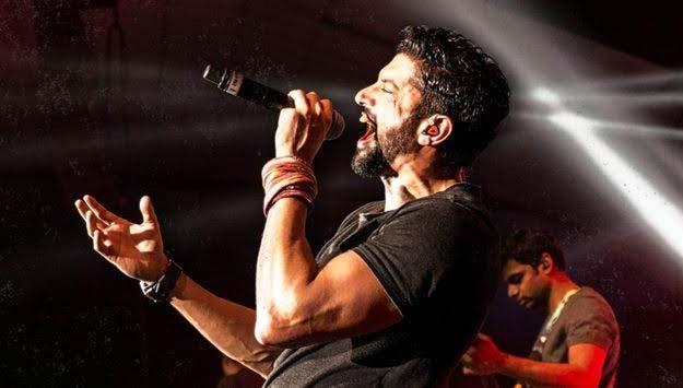 farahan-aktar-a-great-singer