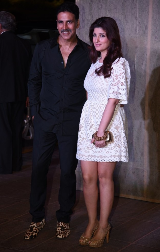Akshay Kumar and Twinkle Khanna at Manish Malhotra's birthday party