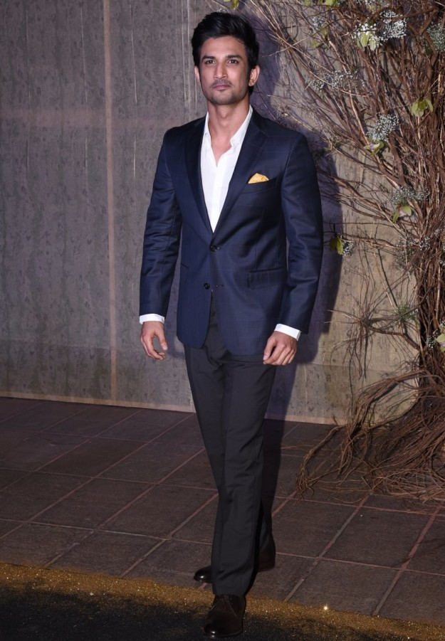 Sushant Singh Rajput at Manish Malhotra's birthday party