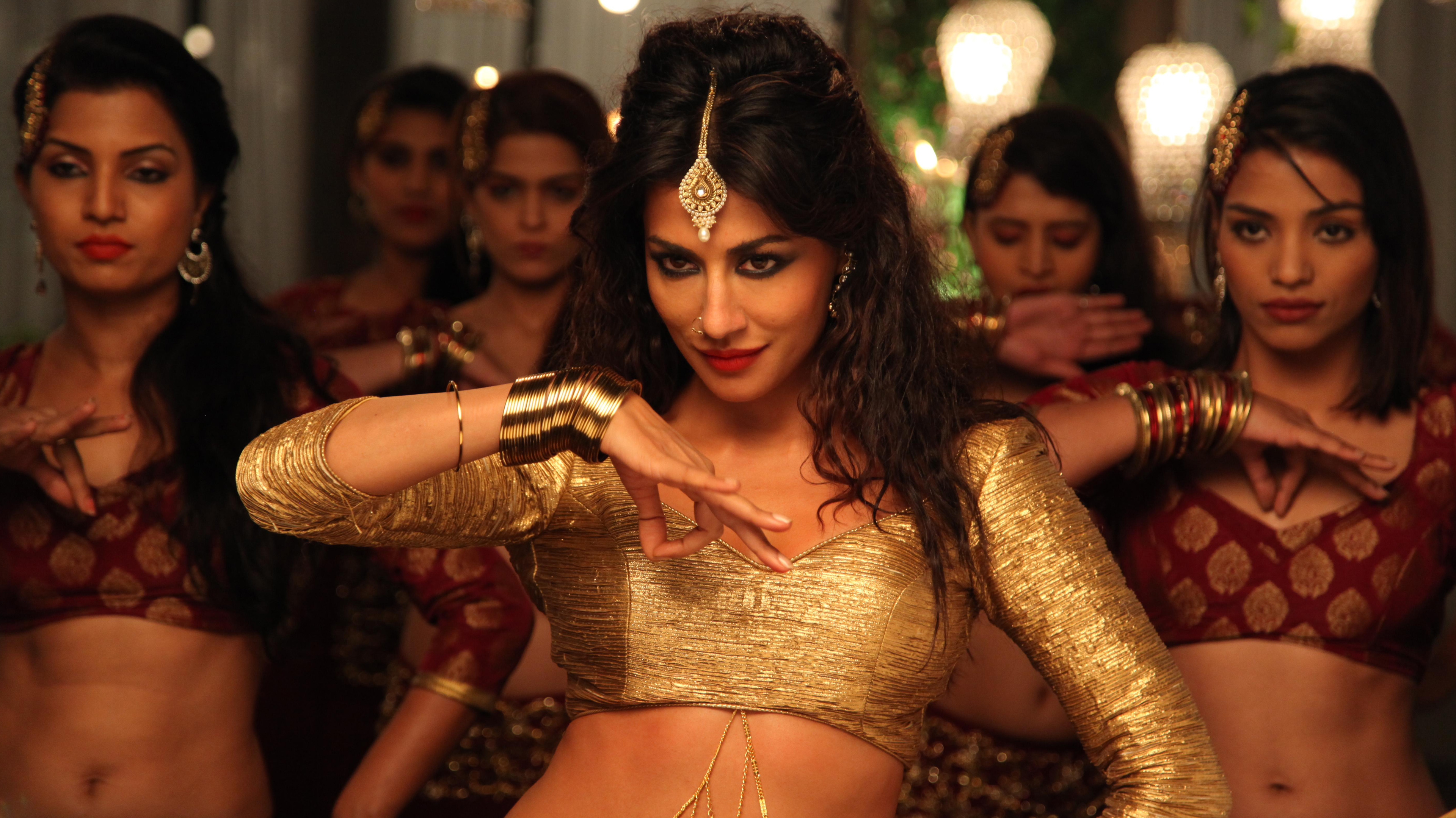 Hot Chitrangda Singh In Aao raja song