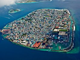 10 Best Islands to Visit in Maldives for Honeymoon