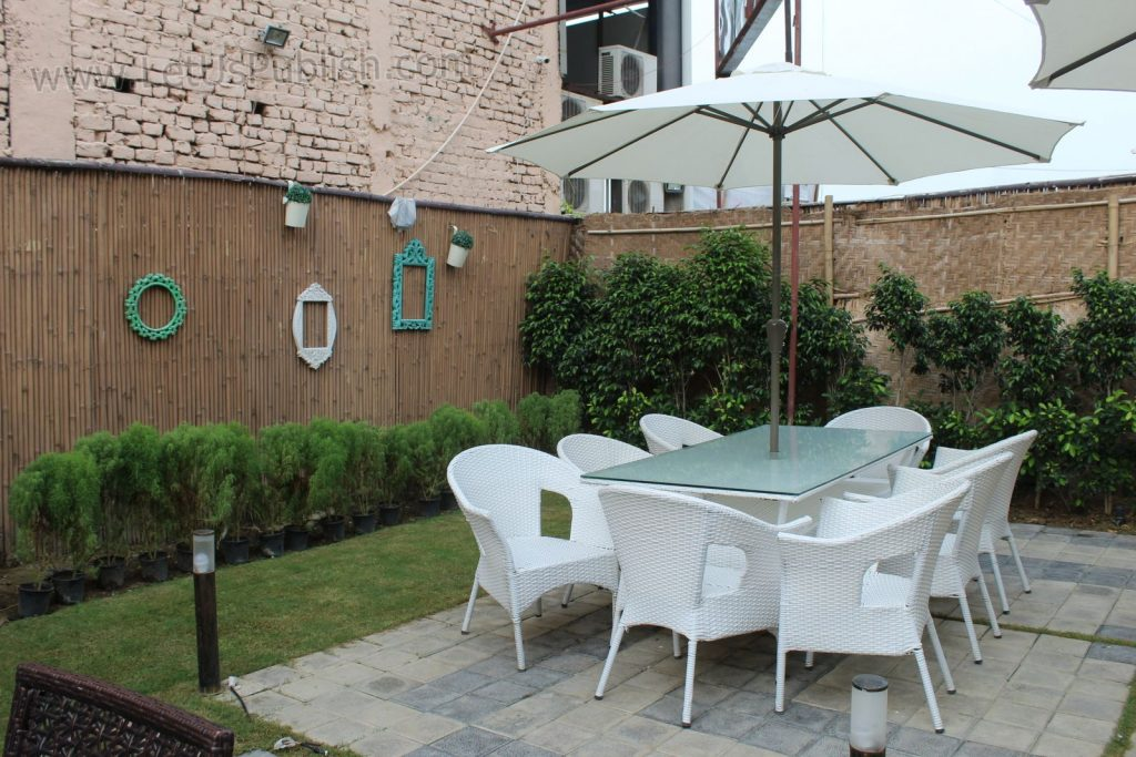 Review Open Yard Restaurant - First Open Ambience Restaurant of Faridabad