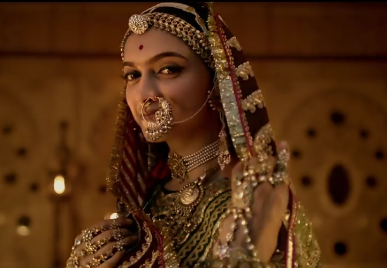 Deepika as Rani Padmini in Padmavati- Royal, Majestic, and ...