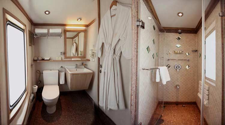 Suite Bathroom - Maharaja's Express Train Cabin